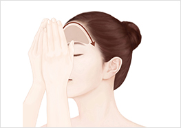 STEP5 - Breathe in the fragrance for 3 seconds, then press your forehead area, and massage the formula into your skin to wrap up your beauty ritual.