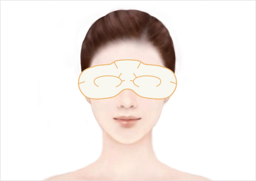 STEP4 - Cover your eyes with the eye flaps, then rest for 20~30 minutes. Remove the Eye Mask, then pat your face to refresh your skin and help it absorb the remaining essence.