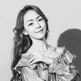 Ca sĩ  Kim Yoona